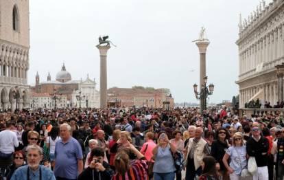 turisták bárhol velence